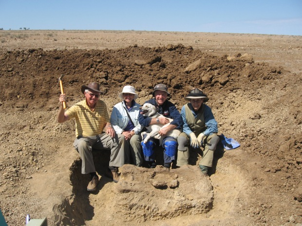Digging up dinosaurs in outback Queensland